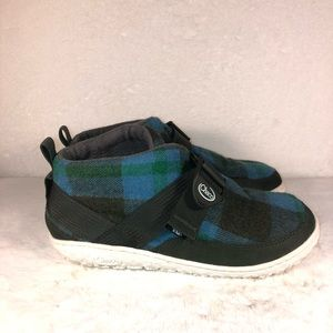Chaco kids winter boots